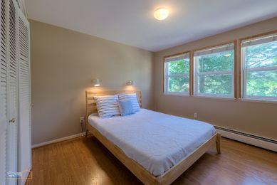 39-1430_LL_Bedroom3_5TMDE_RVT3-NR_E_HiRes1MB_Web
