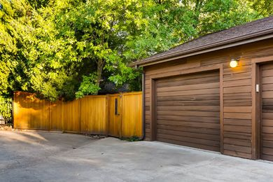 730 Grape Ave Boulder CO 80304-print-010-11-Garage-2700×1800-300dpi