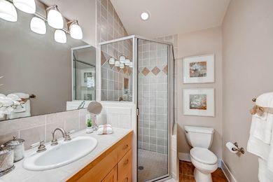 920 Grant Pl Boulder CO 80302-print-015-35-Master Bathroom-2700×1802-300dpi