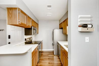 Box Brownie_4654 White Rock Circle 1-print-010-011-Kitchen-3600×2400-300dpi