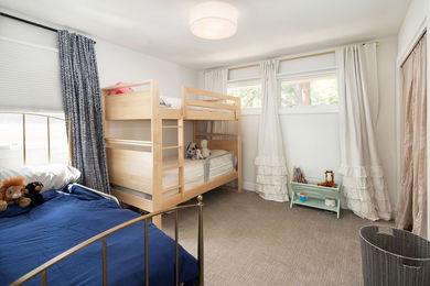 HIllsdaleCir-Upstairs-Bedroom-a