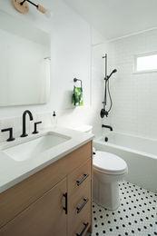 Hillsdale-Guest-Bathroom