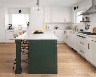 Hillsdale-Kitchen-4×5-Crop