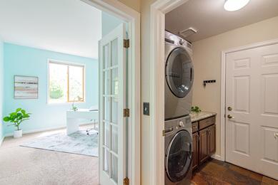 5386 Deer Creek_52 Laundry Room