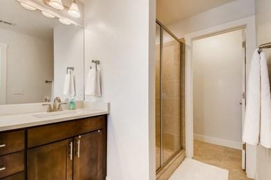 Grandview_24 2nd Floor Primary Bathroom
