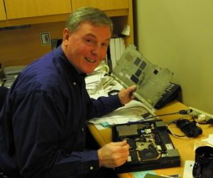 Gerald Mayo as a Dell Computer Tech