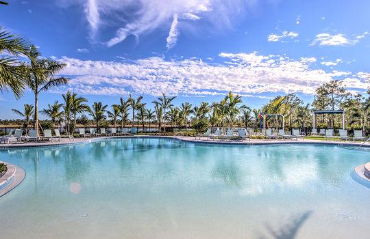 Pool_Beach_Entry