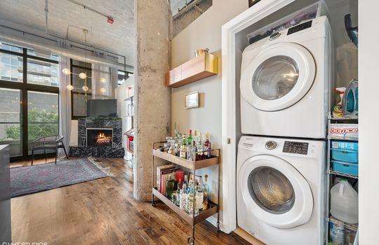 16_2001SCalumet_305_44_LaundryRoom_HiRes