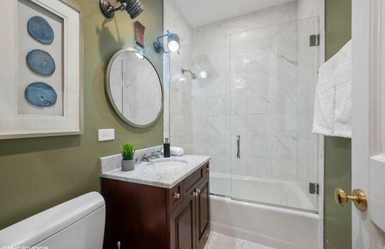 27_455WWebster_8_Bathroom_HiRes