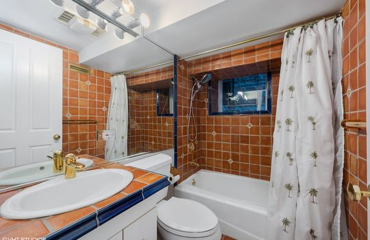 33_455WWebster_9_Bathroom_HiRes