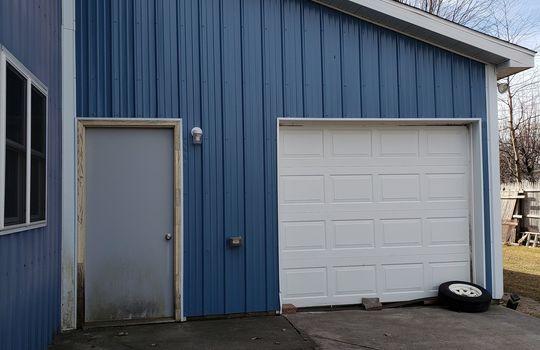 803 Lansing – garage 2 exterior
