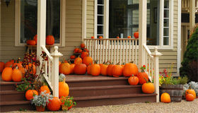 Outdoor Decor Ideas Perfect for Fall In Chicagoland