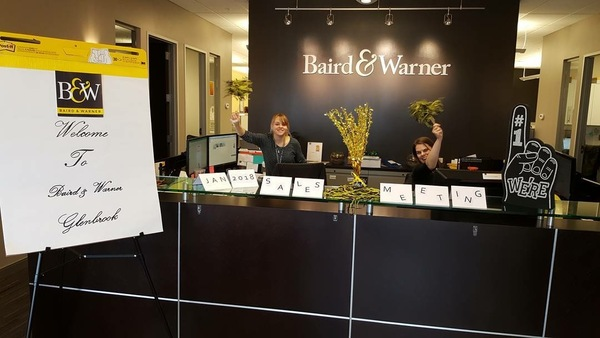 Baird & Warner Glenbrook staff welcome agents to sales meeting