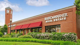 Baird & Warner Schaumburg Works Together as a Family