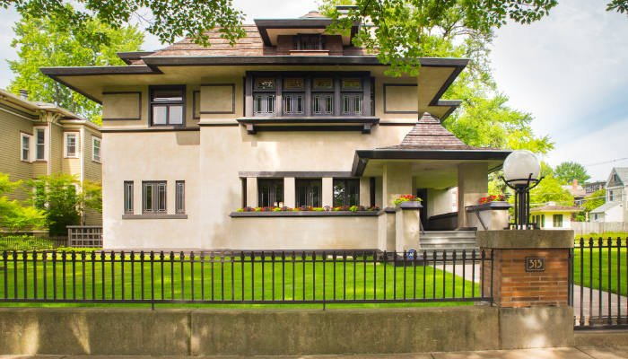 7 Chicagoland Neighborhoods for Architecture Lovers