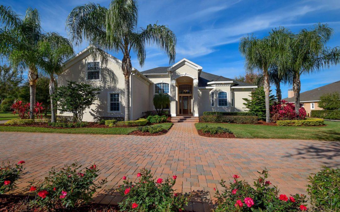2685 Wyndsor Oaks Place – Winter Haven Real Estate for Sale