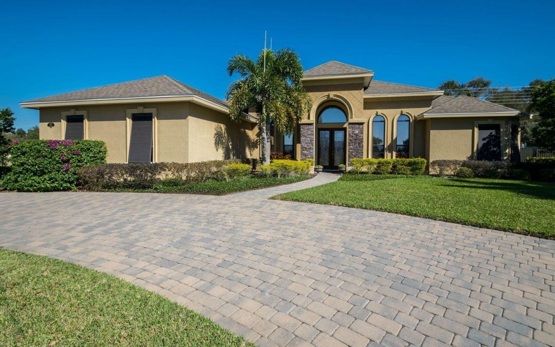 4404 Emerald Palms Lane – Gated & Gaurded Luxury Home – Winter Haven, FL