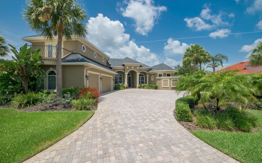 New Winter Haven Luxury Real Estate Listing