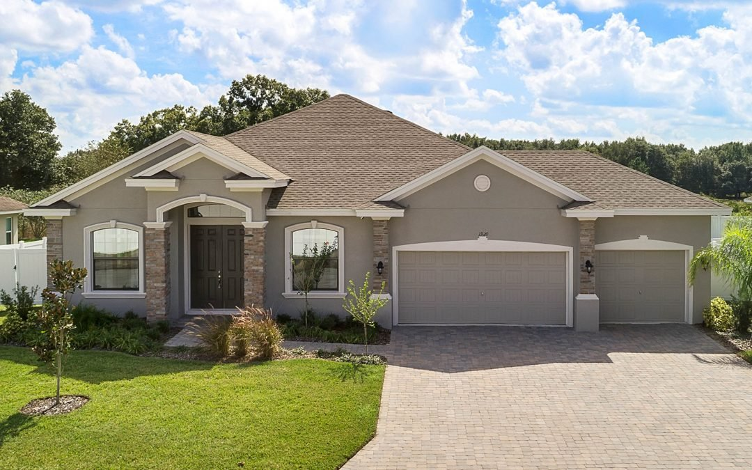 LISTED IN GATED CROSSROADS: 1920 Crossroads Blvd, Winter Haven, FL 33881
