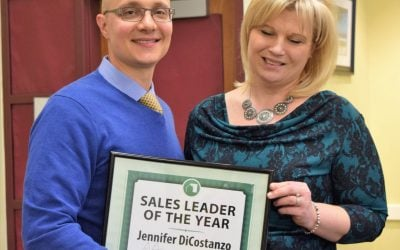 Jen DiCostanzo Receives Green Team Home Selling System Annual Sales Award