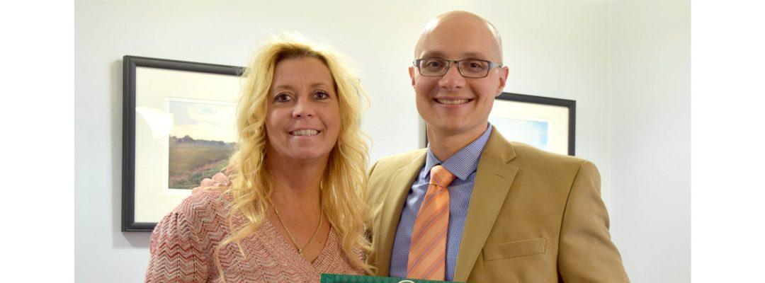 Kimberly Lasalandra Wins First Quarter Sales Award