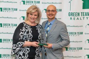 Jennifer DiCostanzo with MVP Award, with Geoff Green